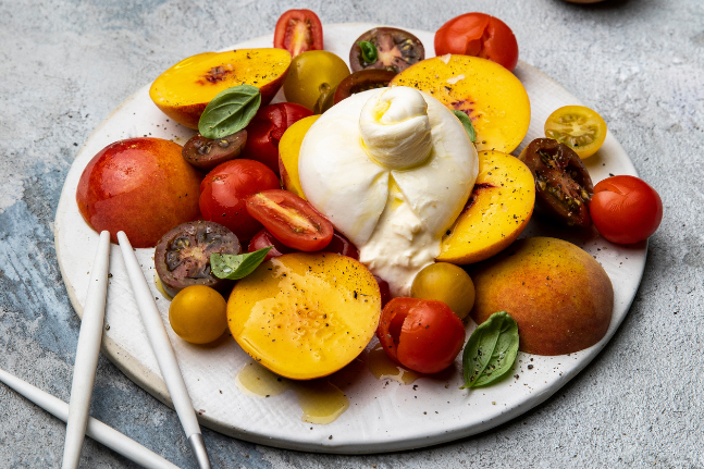 Burrata Salad With Nectarines & Tomatoes