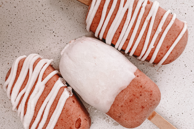 Vegan Treats: Creamy Vegan Pink Ice Creams