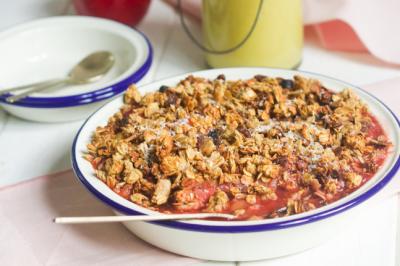 Vegan Apple Crumble With Turmeric Custard Recipe