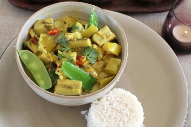Eggplant, Apple & Snow Pea Vegan Curry