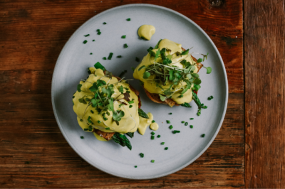 Smoked Tofu, Avocado & Asparagus Vegan Benedict Recipe