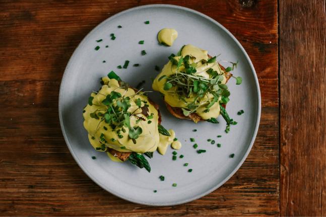 Smoked Tofu, Avocado & Asparagus Vegan Benedict Recipe