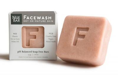 600x400 Facewash Dry Or Mature Skin