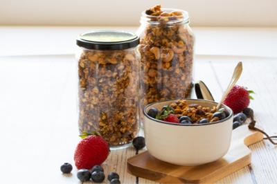 Coconut & Peanut gluten-free Granola Recipe