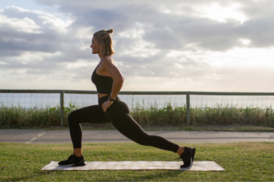 Forward And Step Back Lunges