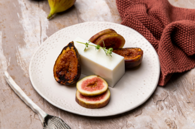 Cheese lovers Pannacotta With Grilled Figs