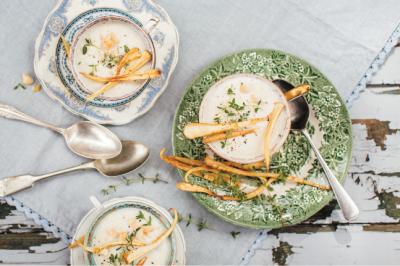 Macadamia, Garlic & Parsnip Vegetarian Soup Recipe
