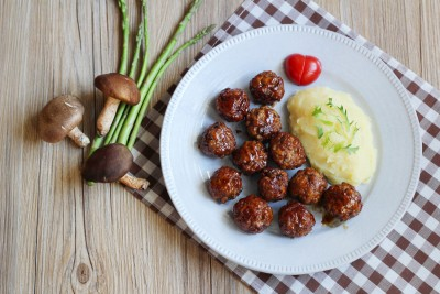 wellbeing Sweet & Sour Meat Ball With Mashed Potatoes